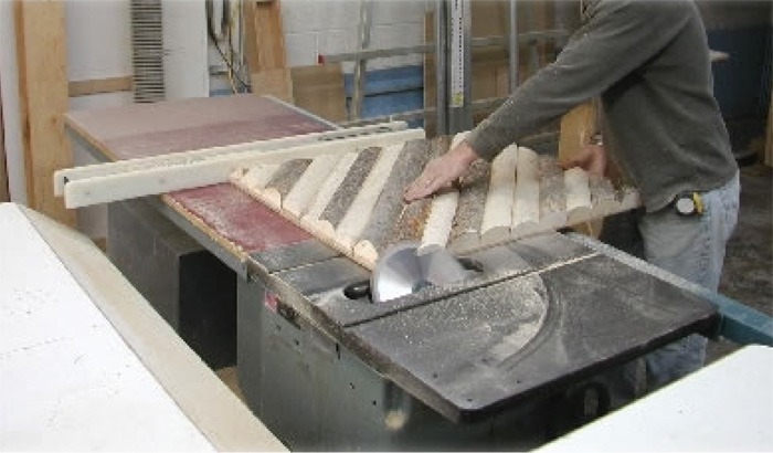 ColoLPole_Sawing_700p