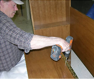9_install_sloped-headboard